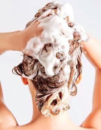 Правильное мытье волос, залог здоровой и роскошной косы
